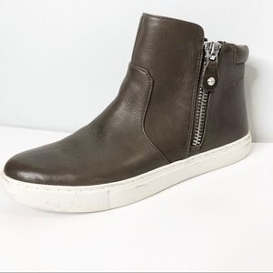 Kenneth Cole Gentle Souls Leather Sneakers…